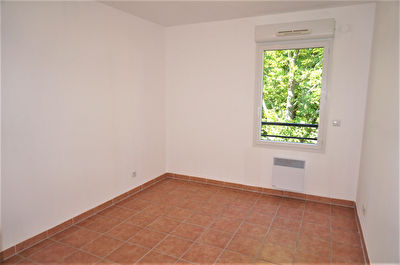 TEXT_PHOTO 0 - A vendre Appartement T3 de 76m2 avec belle terrasse 13013 Saint Mitre