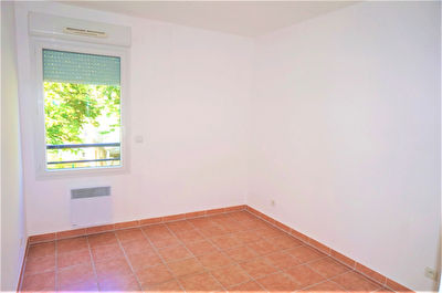 TEXT_PHOTO 3 - A vendre Appartement T3 de 76m2 avec belle terrasse 13013 Saint Mitre