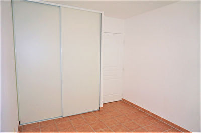 TEXT_PHOTO 4 - A vendre Appartement T3 de 76m2 avec belle terrasse 13013 Saint Mitre